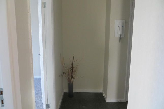 Hallway of Great Thornton Street, Hull HU3