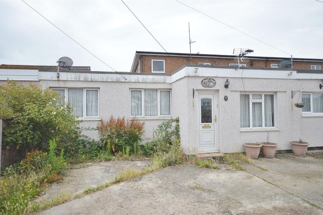 Outside - Front of Yew Way, Jaywick, Clacton-On-Sea CO15
