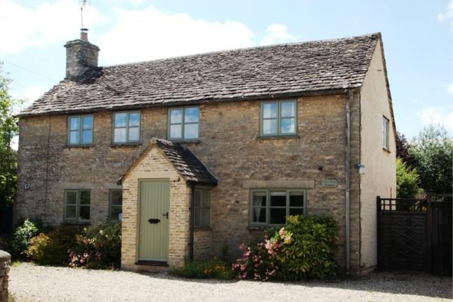 Thumbnail Cottage to rent in Oaksey, Malmesbury