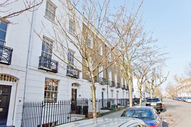 Thumbnail Maisonette for sale in College Cross, London
