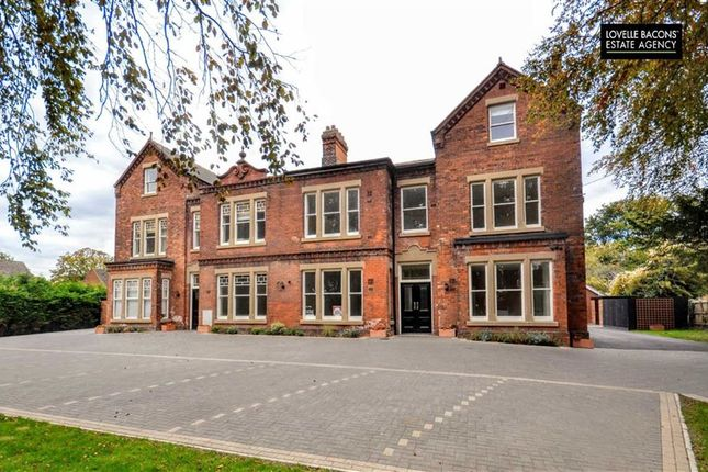 Thumbnail Flat for sale in Welholme Avenue, Grimsby