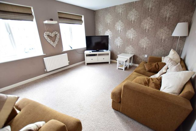 Thumbnail Town house to rent in Sycamore Drive, Wesham, Preston