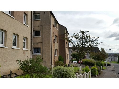 Thumbnail 2 bed flat to rent in Northfield Road, Kilsyth
