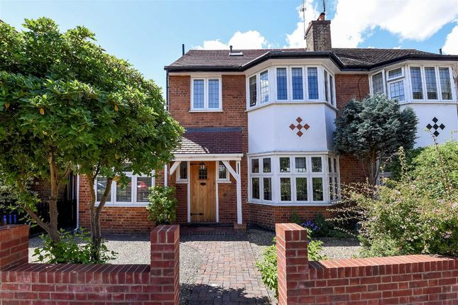 Thumbnail Property for sale in Gordon Avenue, London