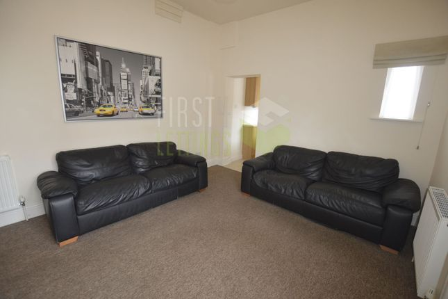5 bed terraced house to rent in Mundella Street, Evington LE2