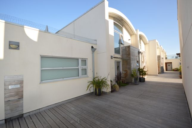 Thumbnail Flat for sale in St. Thomas Street, Redcliffe, Bristol