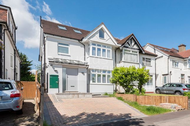 4 bed flat for sale in Green Lane, London NW4