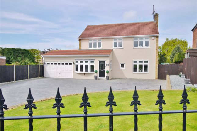 Thumbnail Detached house for sale in Great Lawn, Ongar, Essex