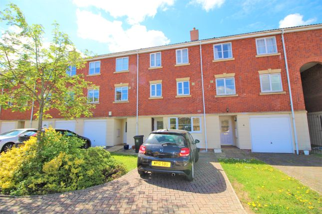 4 bed town house for sale in The Pavilions, Bristol