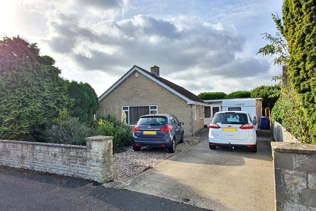 3 bed bungalow for sale in Ashdene Road, Bicester, Oxfordshire OX26
