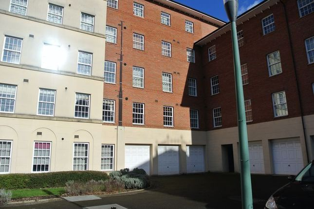Thumbnail Flat for sale in Mayhill Way, Gloucester