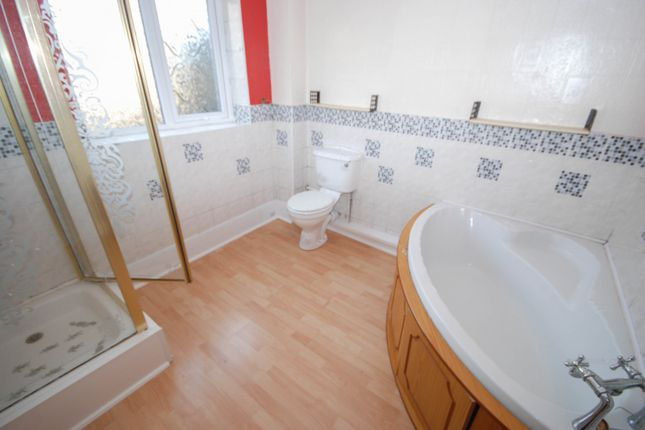 Bathroom of Cairo Street, Sunderland SR2