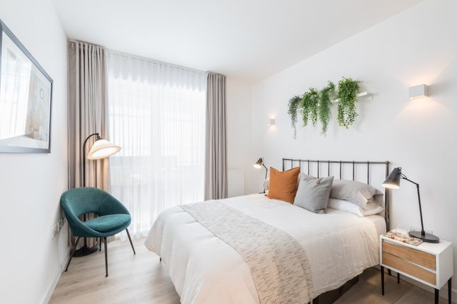 1 bedroom flat for sale in Apple Tree Road, London