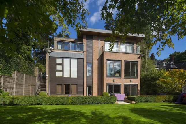 Thumbnail Property for sale in Heysham Lane, Hampstead, London