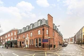 Thumbnail Flat for sale in Red Lion Street, Richmond