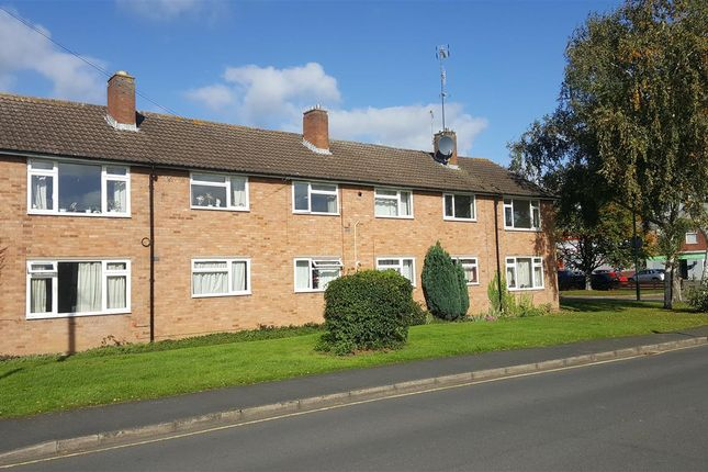Thumbnail Flat to rent in Masons Road, Stratford-Upon-Avon