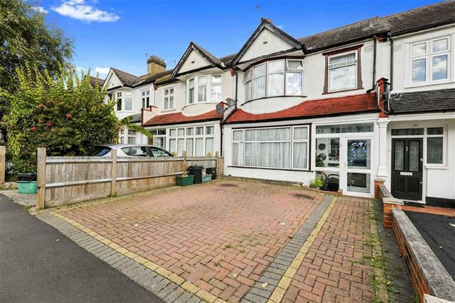 Thumbnail Property for sale in Avenue Road, Penge, London