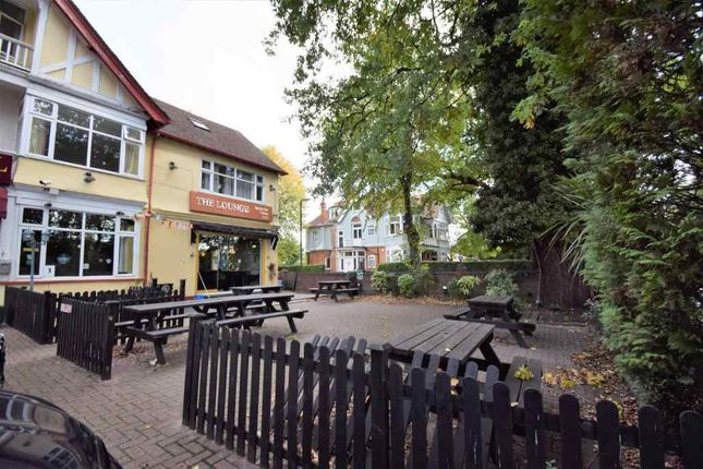 Thumbnail Property for sale in London Road, Langley, Slough