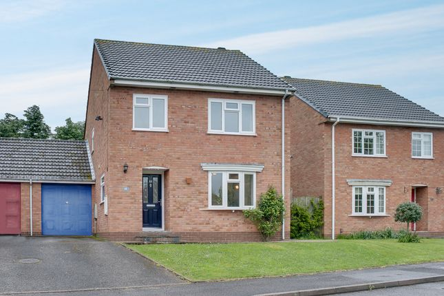 Thumbnail Detached house for sale in Avenue Road, Astwood Bank, Redditch