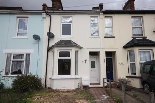 Thumbnail Terraced house to rent in St. Osyth Road, Clacton-On-Sea