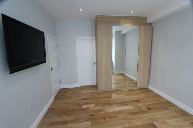 Thumbnail Flat to rent in Winchester Road, London