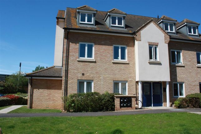 Thumbnail Flat to rent in Leas Close, St. Ives, Huntingdon