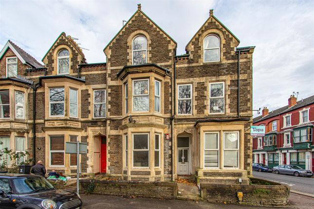 2 bed flat for sale in Howard Gardens, Roath, Cardiff CF24