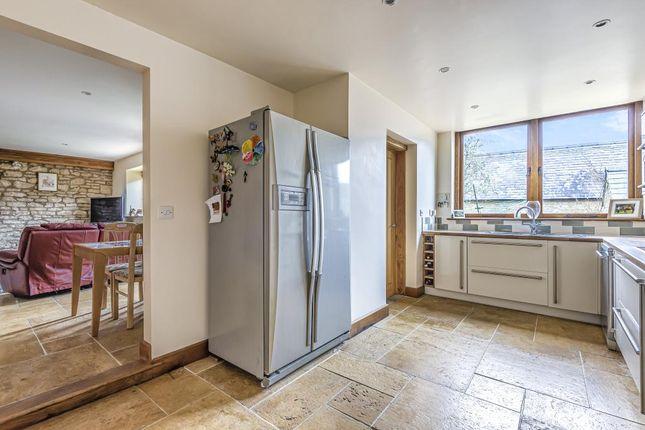 Kitchen of Churchill, Oxfordshire OX7