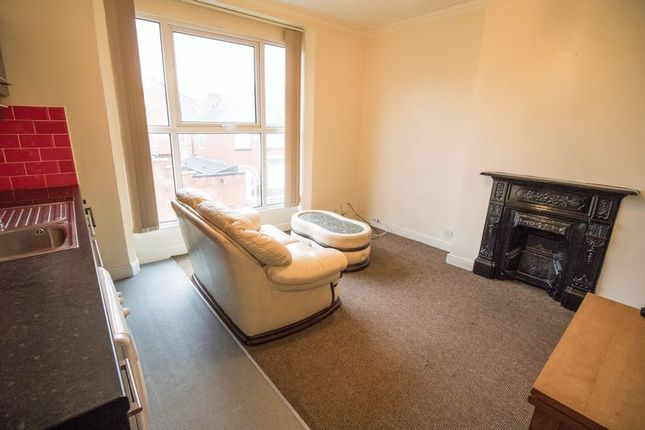 Thumbnail Flat to rent in Columbia Road, Heaton, Bolton