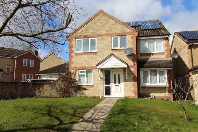 4 bed detached house for sale in Grants Close, Wincanton