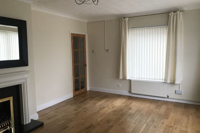 Thumbnail Detached house to rent in Basildene Close, Gilwern