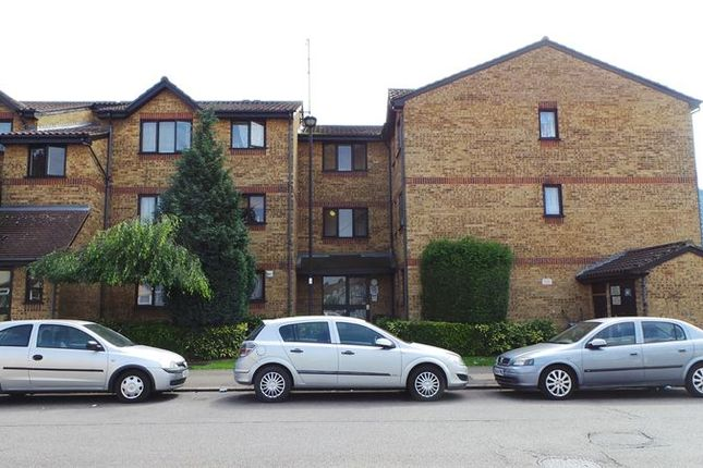 Thumbnail Flat for sale in Verity Court, Edmonton