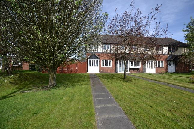 Thumbnail Mews house to rent in Holden Road, Leigh