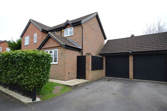Thumbnail Detached house for sale in Yorkshire Place, Warfield, Bracknell