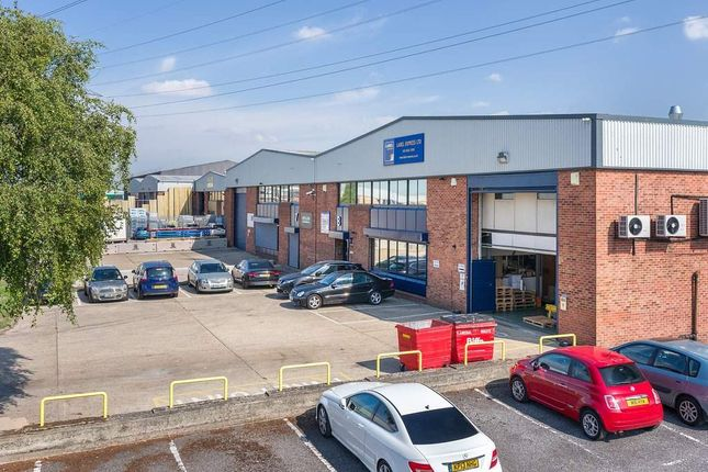 Thumbnail Warehouse to let in Unit 7, Beddington Trading Estate, Croydon