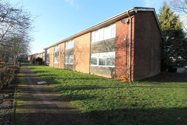 Thumbnail Maisonette to rent in Wood Common, Hatfield