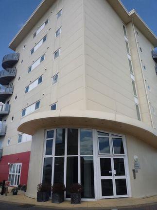 Thumbnail Flat to rent in Davidson Close, Hythe, Southampton