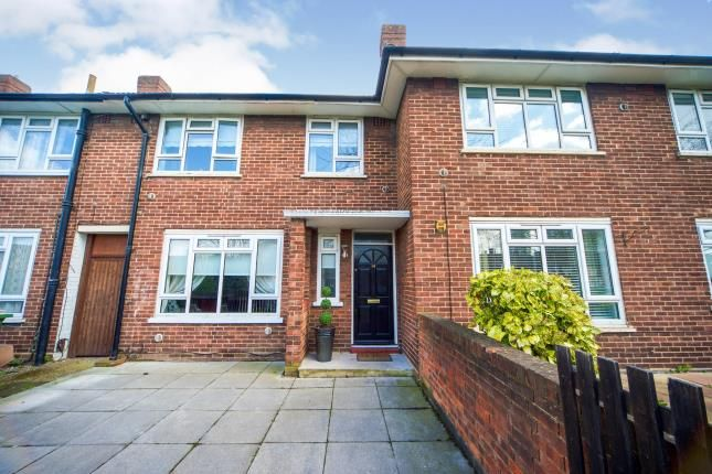 4 bed terraced house for sale in Canning Town, London, England E16