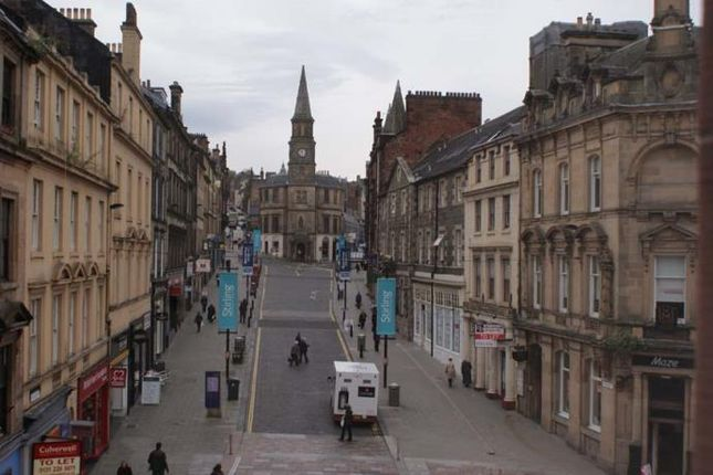 Thumbnail Flat to rent in Port Street, Stirling