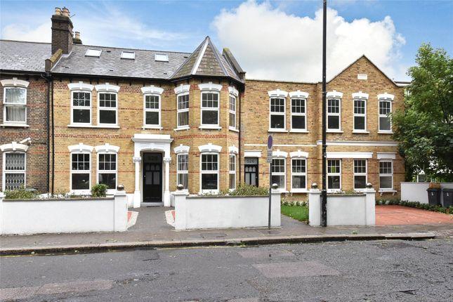 2 bed flat for sale in West Green Road, Turnpike Lane, London