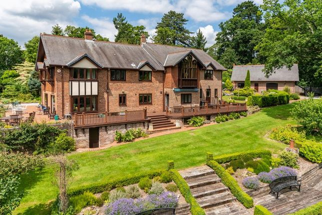 Thumbnail Detached house for sale in Chilworth Drove, Chilworth, Southampton