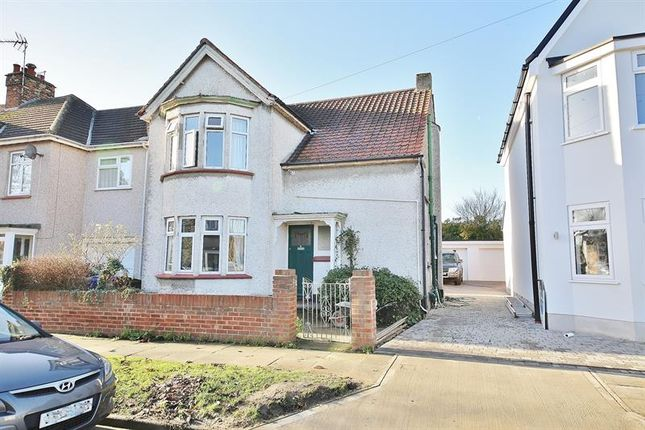 Thumbnail Detached house for sale in Caldwell Road, Stanford-Le-Hope