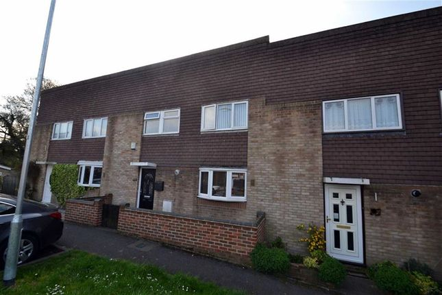 Thumbnail Property for sale in Greenhills, Harlow, Essex