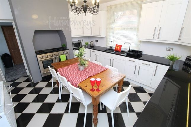 Thumbnail Room to rent in St Andrews Road, Southsea