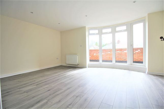 Thumbnail Flat to rent in Mutton Lane, Potters Bar