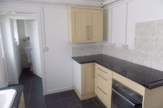Thumbnail Property to rent in Western Street, Swansea