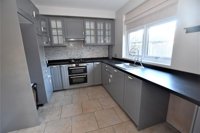 Thumbnail Semi-detached house to rent in Longfield Road, Hartshill