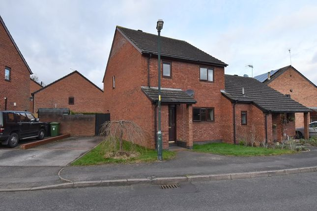 Thumbnail Semi-detached house for sale in Colford Close, Droitwich