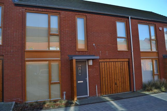 Thumbnail Terraced house to rent in Oberon Grove, Street