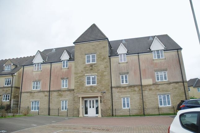 Thumbnail Flat to rent in Claytonia Close, Roborough, Plymouth